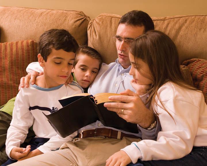 очень читаем всей семьей фото расскажем